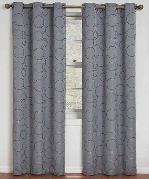 Ideas para poner cortinas a tu closet for Poner ganchos cortinas